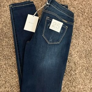 NWT KanCan skinny ankle jeans